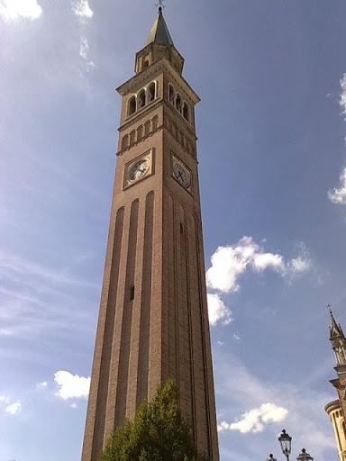 Pieve campanile